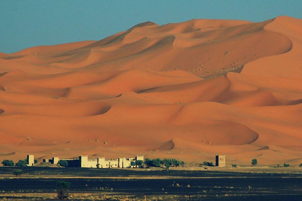 1024px-Merzouga,_Morocco