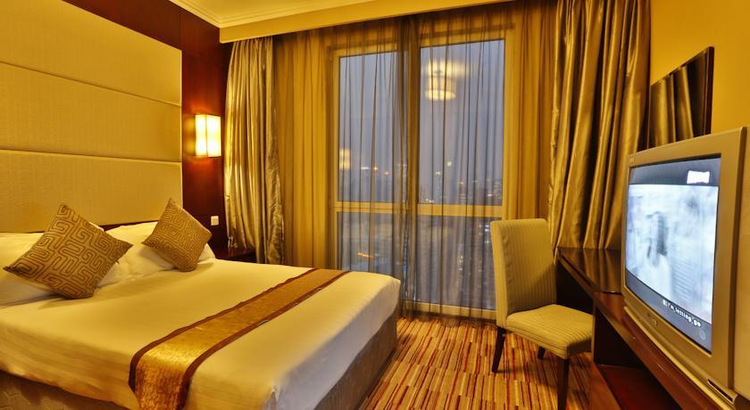「徐汇瑞峰酒店」7 Zhaojiabang Rd, Xuhui, Shanghai, 中国 200032