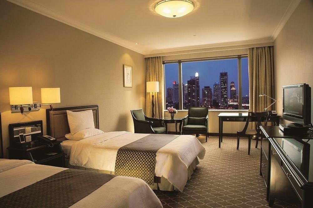 「オークラ ガーデン ホテル上海」58 Maoming S Rd, Huangpu, Shanghai,