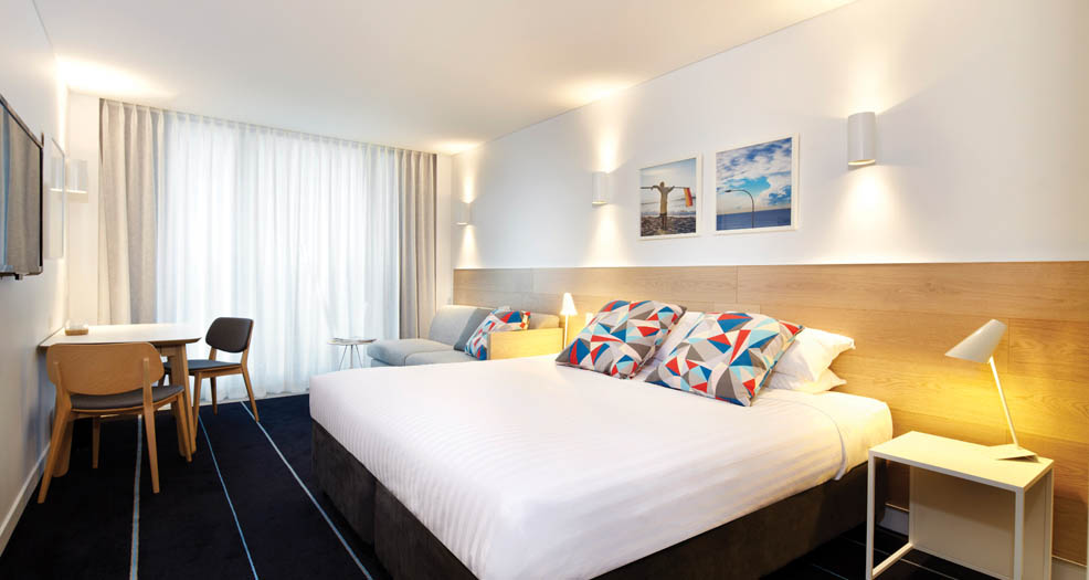 58970-hotel-overview-7-adina-apartment-hotel-bondi-beach