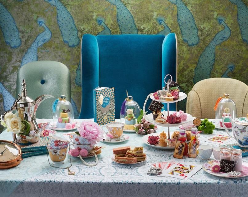 Alices-Adventures-in-Wonderland-Afternoon-Teas-807-X640