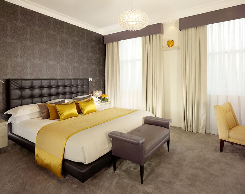 Taj51_Jaguar_Suite_Master_Bedroom_1_39838913_h