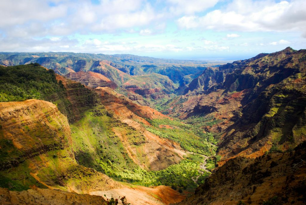 Waimea_Canyon_mar_2010