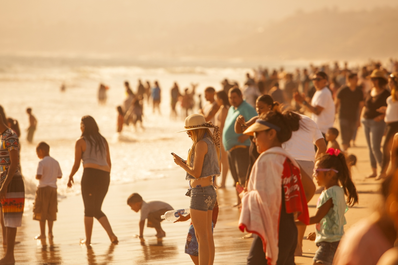 bigstock-Crowded-Santa-Monica-Beach-91827086