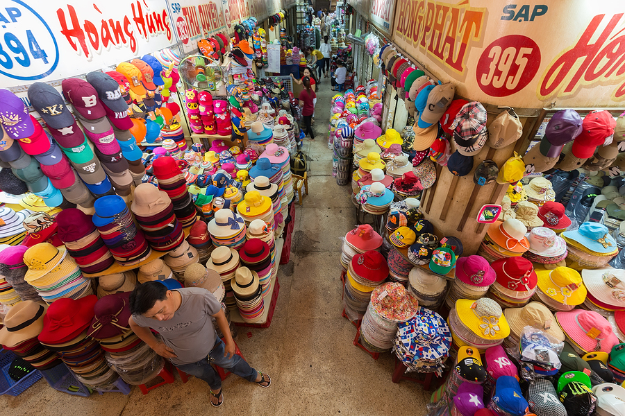 HO CHI MINH VILLE, VIETNAM, FEBRUARY 26, 2015 : Hat department i