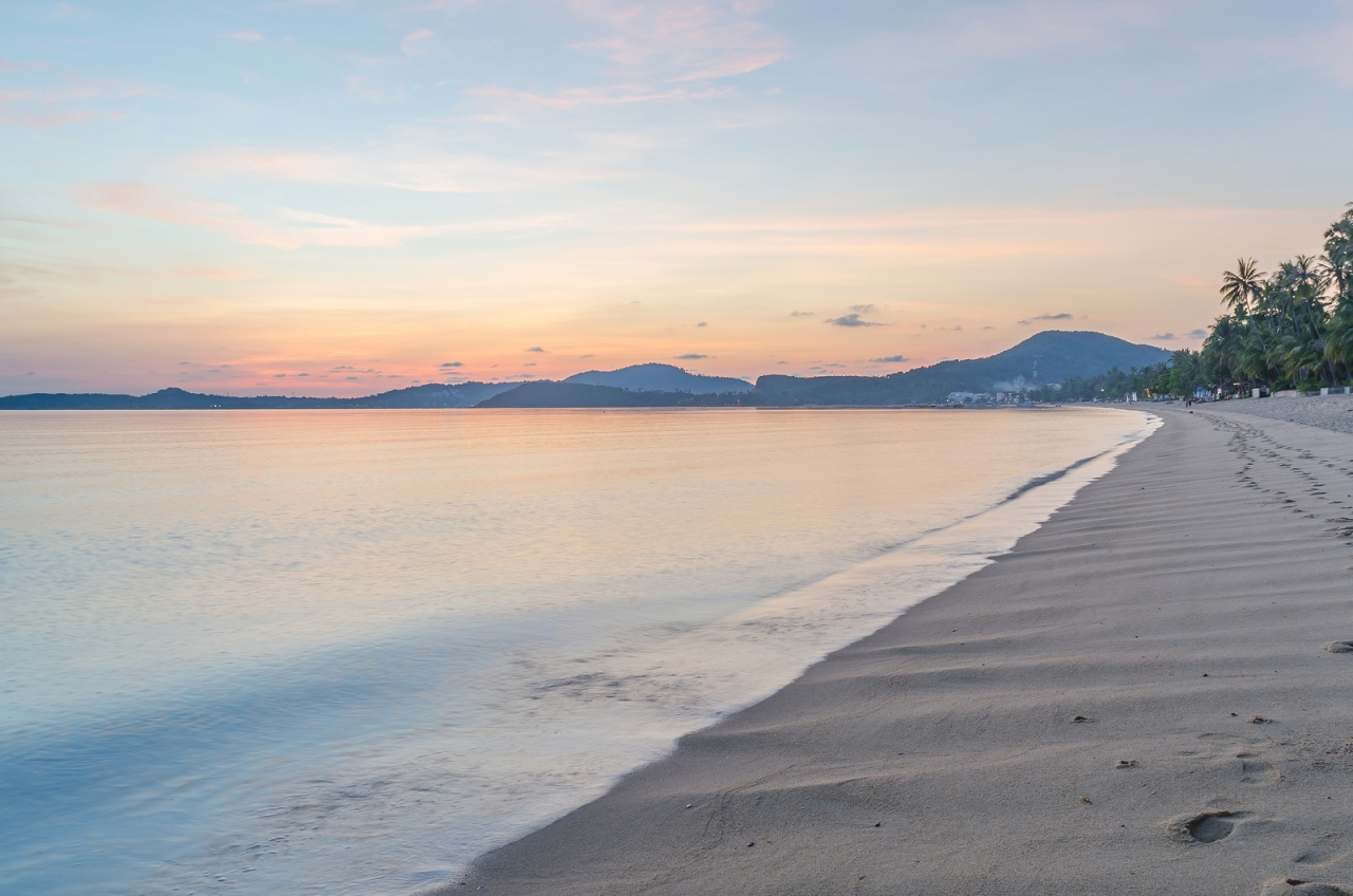 bigstock-Morning-At-Bophut-Beach-Samui--78277838