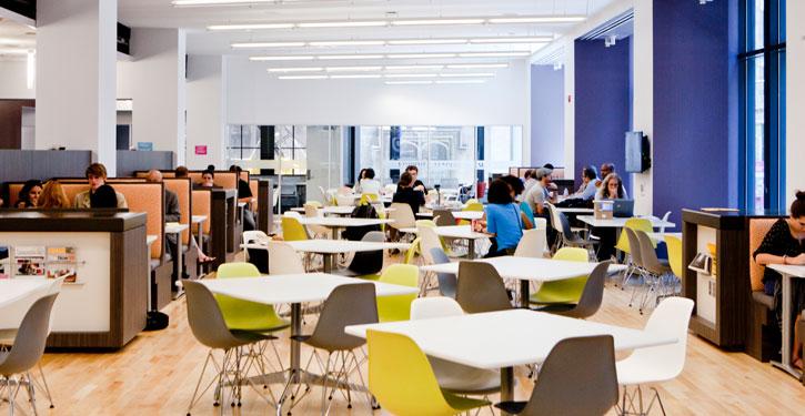 シカゴ美術館内のカフェ(www.saic.edu)