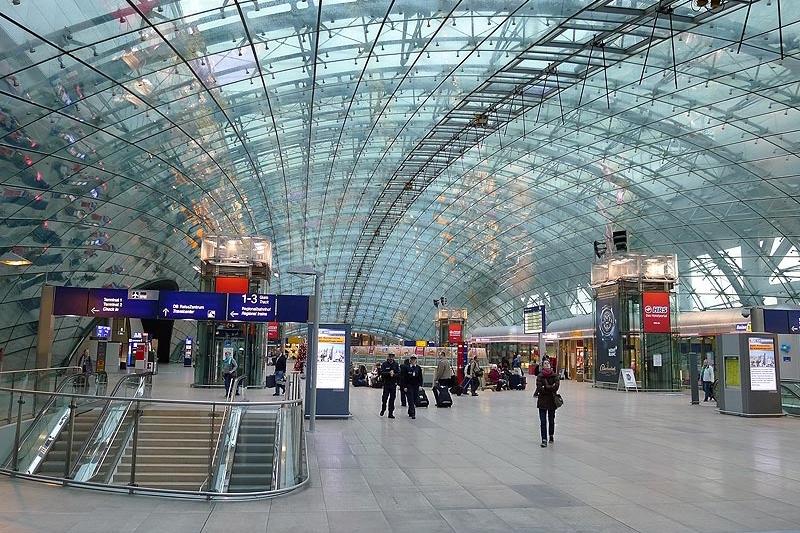 frankfurt-airport-train-station