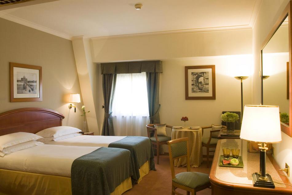 ローマ・テルミニ駅周辺のおすすめホテル