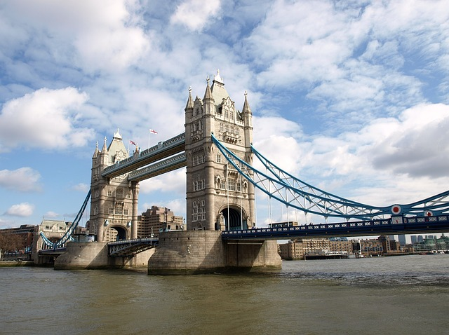 tower-bridge-736139_640
