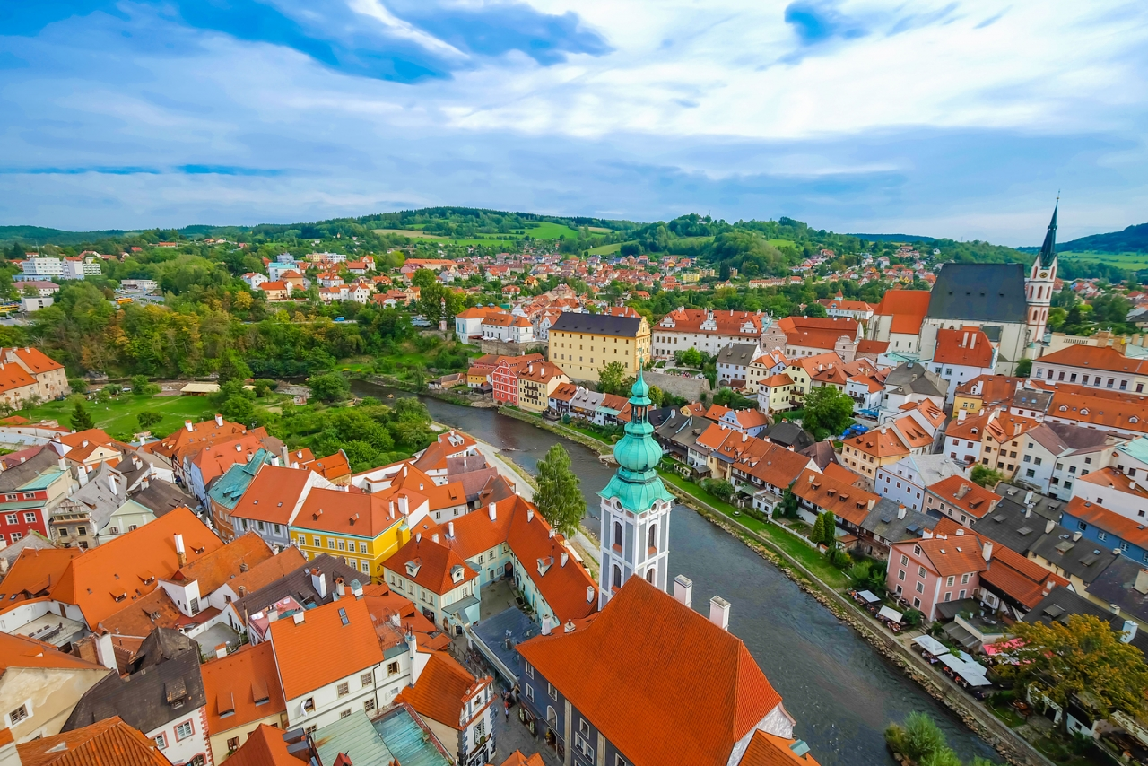 bigstock-A-view-of-Cesky-Krumlov-Czech-105796691