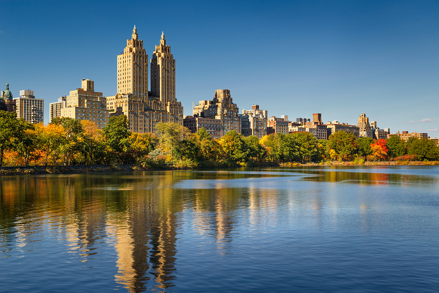 Central Park Reservoir, Fall Foliage And Upper West Side. Manhat