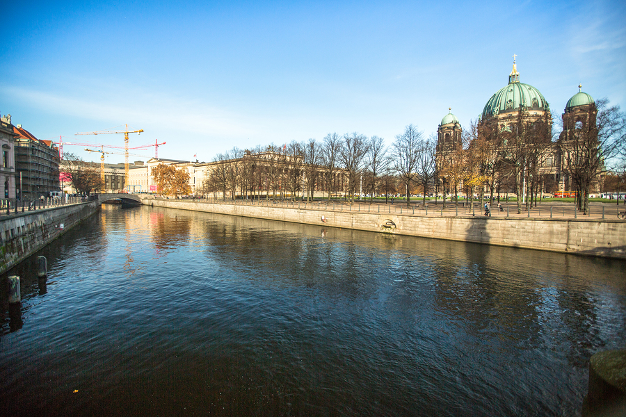 BERLIN, GERMANY - NOV 17, 2014: Spree river and Berlin Cathedral