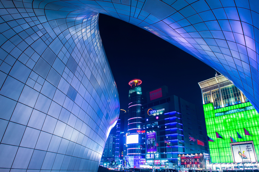 Dongdaemun Design Plaza is a modern architecture in Seoul design